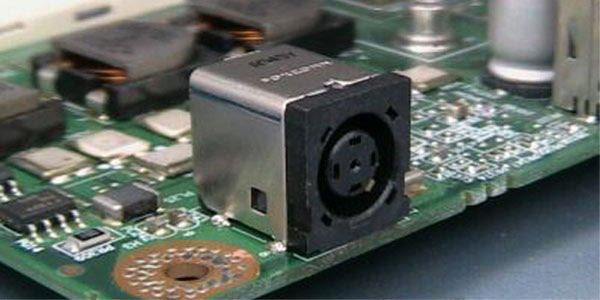 zamena konektora za punjenje laptop